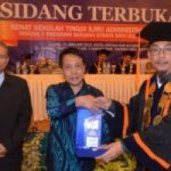 123 Mahasiswa STIA Banten Diwisuda