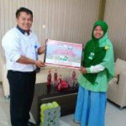STIA Banten Serahkan bantuan Peduli Bencana Gempa dan Tsunami Sulawesi Tengah